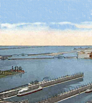 Historic photo of the St. Louis River ore docks