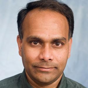 Venkatram Mereddy, Outstanding Graduate Faculty Advisor Award