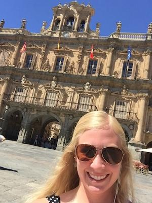 Marissa in Plaza Mayor, the central plaza of Salamanca.