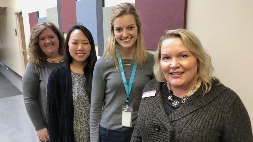Jolene Hyppa-Martin with students