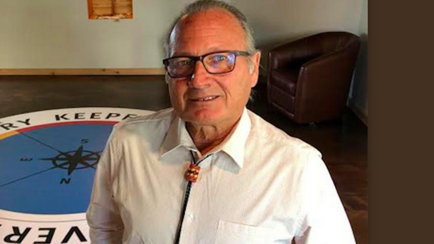 Dr. Neil Henderson