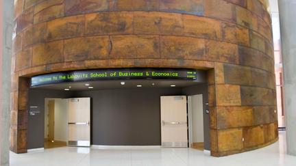 UMD's Labovitz School of Business & Economics' stock market ticker