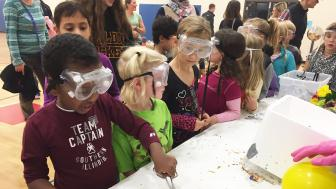 Congdon park students at the 2016 Science Night