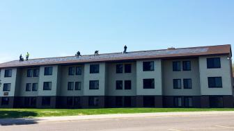 Installation of solar panels on UMD's Oakland Apartments