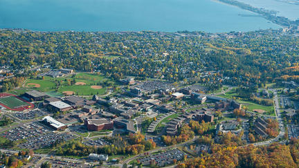 Aerial pic of the University of Minnesota Duluth campus