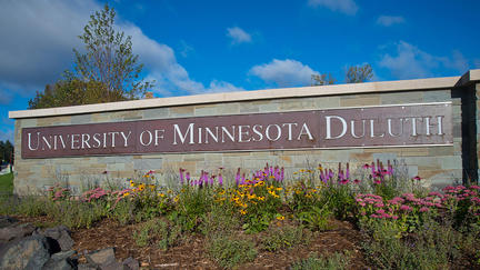 UMD sign with flowers