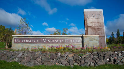 University of Minnesota Duluth sign outdoors