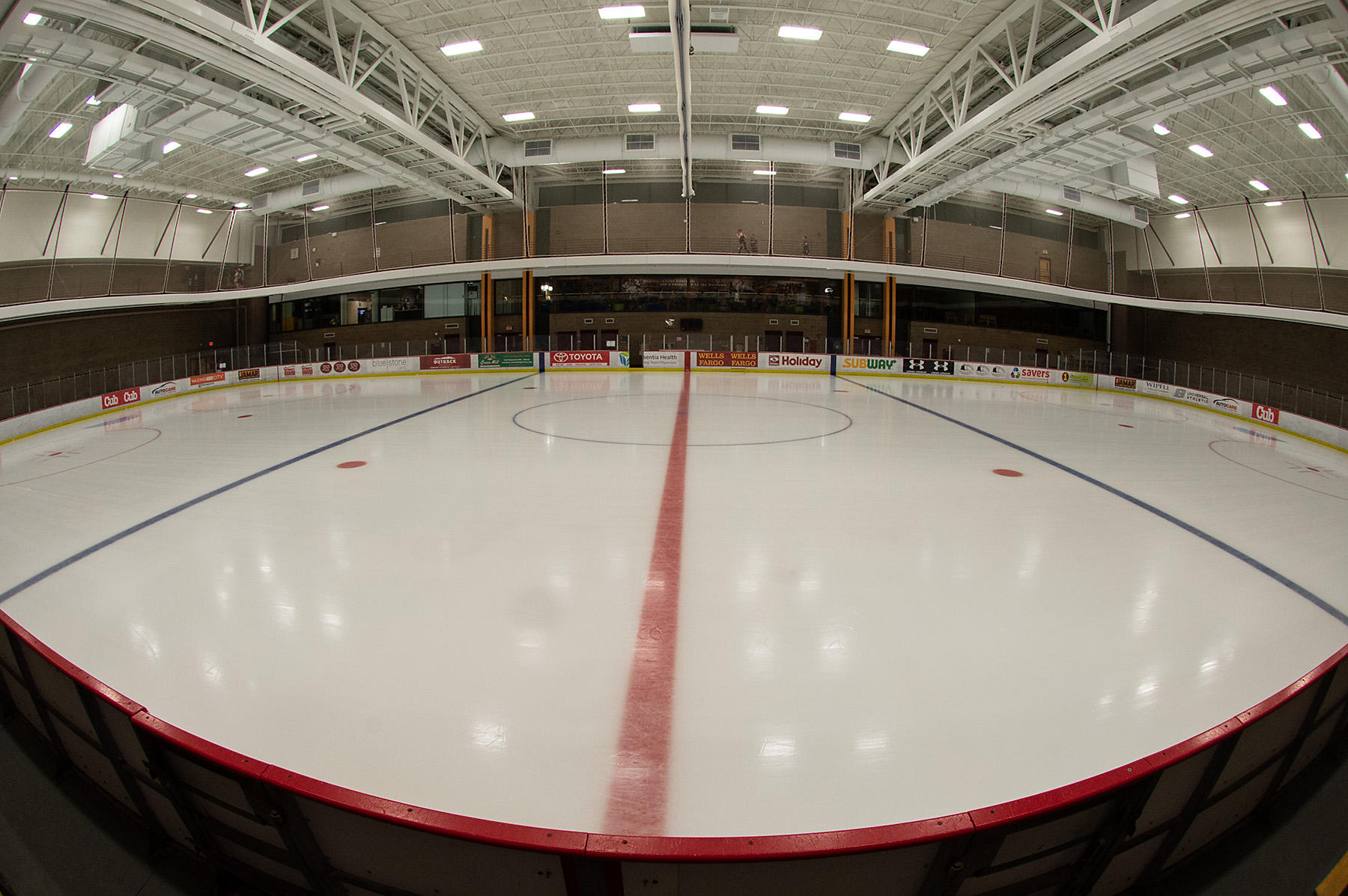 UMD's on-campus ice rink