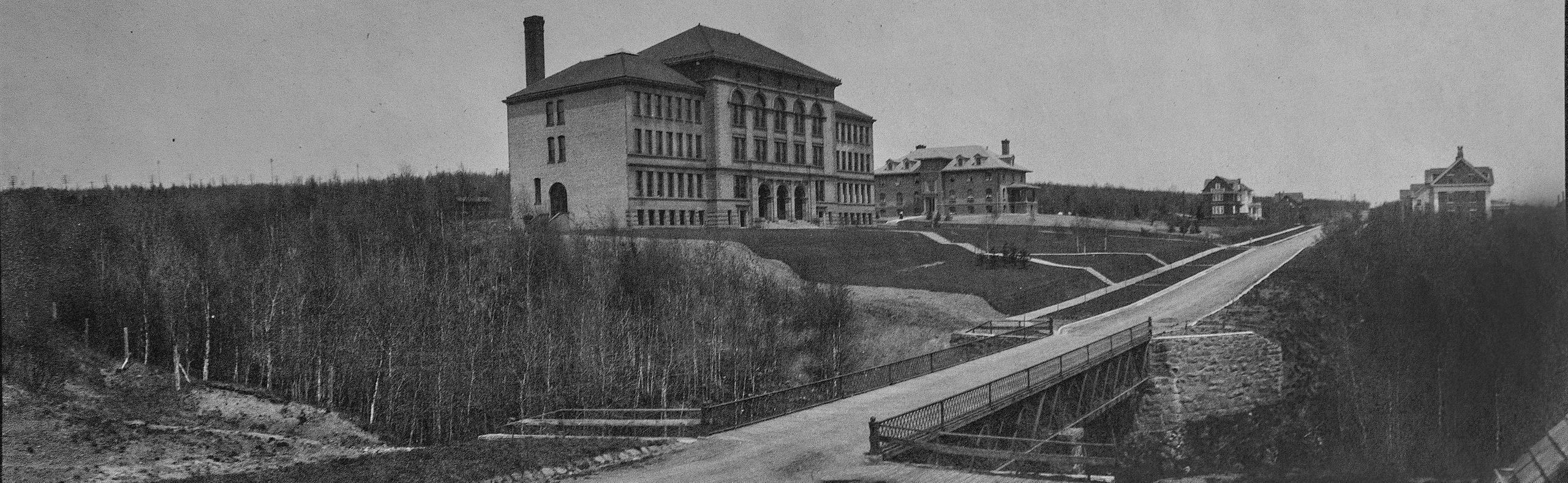 Duluth Normal School in 1907